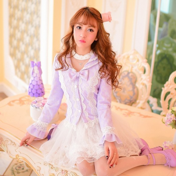 Princess-sweet-lolita-coat-Candy-rain-Spring-new-Japanese-style-sweet-petals-horn-sleeve-lace-short