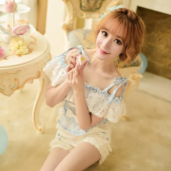 Candy-rain-Princess-sweet-lolita-blouse-summer-Japanese-style-sweet-slash-neck-Two-wear-falbala-bow