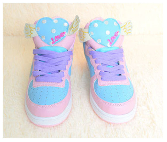Cute-Harajuku-Women-High-Sport-Shoes-Lovely-Heart-Wings-Sticker-AMO-Pink-Kawaii-Lolita-Running-Sneakers