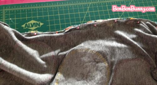easy tshirt diy slouchy sleeve to repair stains (9)