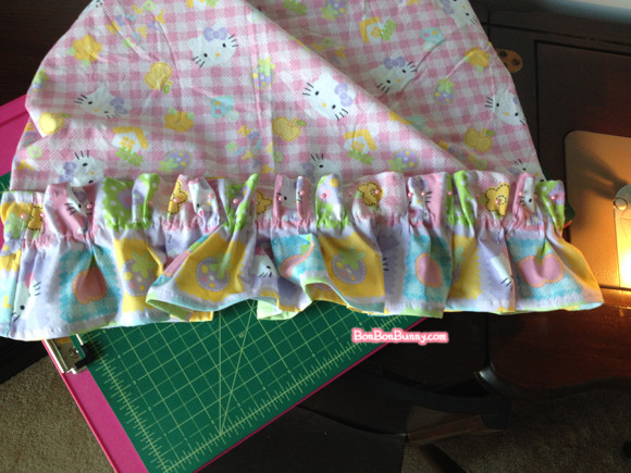 hello kitty fairy kei skirt sewing tutorial (13)