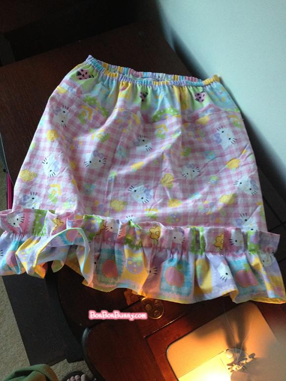 hello kitty fairy kei skirt sewing tutorial (18)