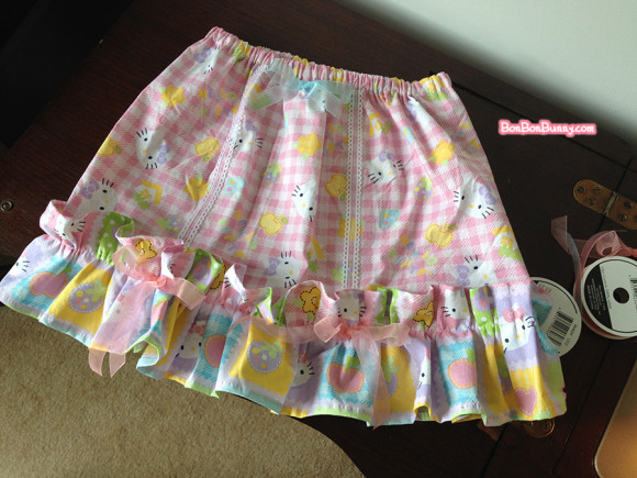 hello kitty fairy kei skirt sewing tutorial (25)