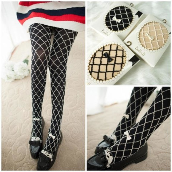 Cute, Elegant, and Pretty Printed Tights and Stockings (3)