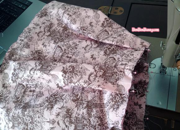 Himekaji Pink Bunny Toile Skirt (3)