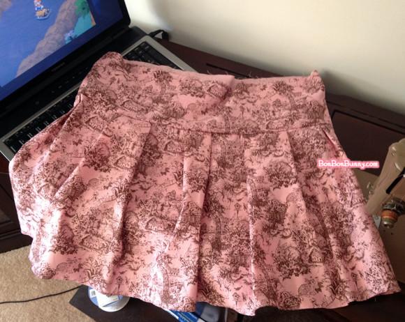 Himekaji Pink Bunny Toile Skirt (4)