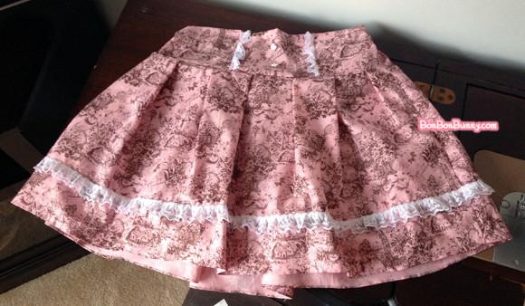 Himekaji Pink Bunny Toile Skirt (7)