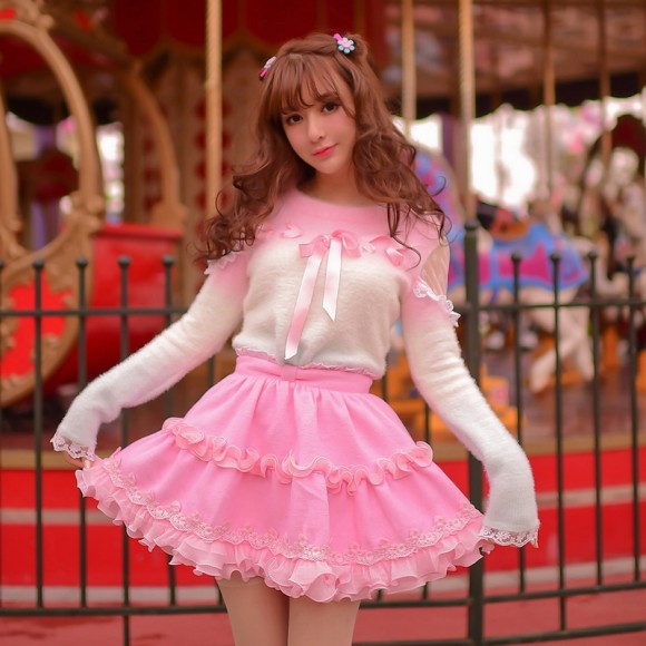 Warm Winter Skirts & Sweaters for Pretty Pink Princess Gals (2)