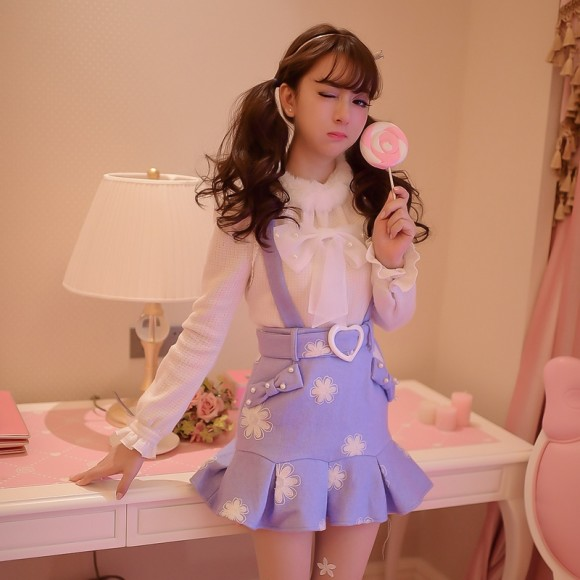 Warm Winter Skirts & Sweaters for Pretty Pink Princess Gals (3)