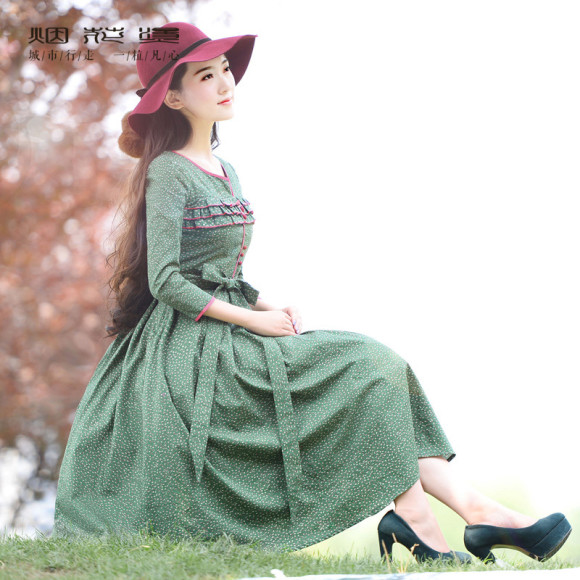 Earthy & Romantic Winter Dresses for the New Year!! (1)