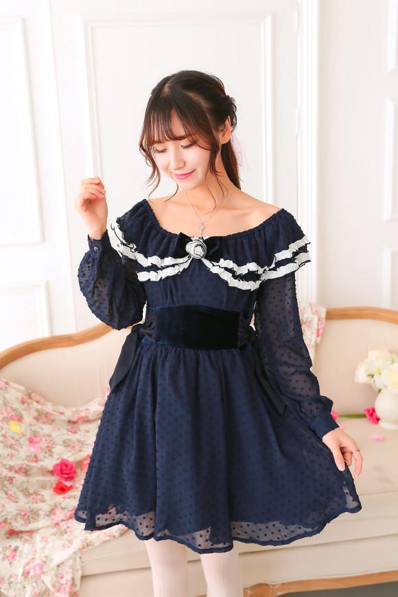 Pretty Blue Floral Dresses for Winter Princesses (1)