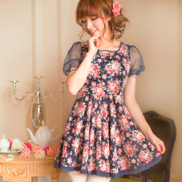Pretty Blue Floral Dresses for Winter Princesses (2)