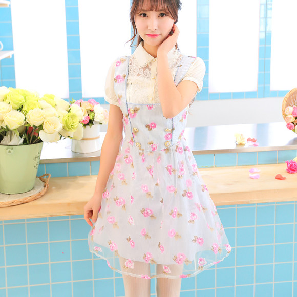 Pretty Blue Floral Dresses for Winter Princesses (3)