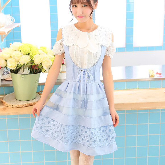 Pretty Blue Floral Dresses for Winter Princesses (4)
