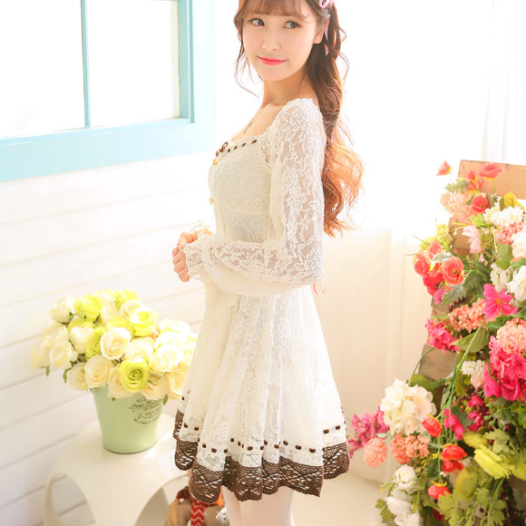 Pretty White Winter Dresses for Snow Princesses (1)