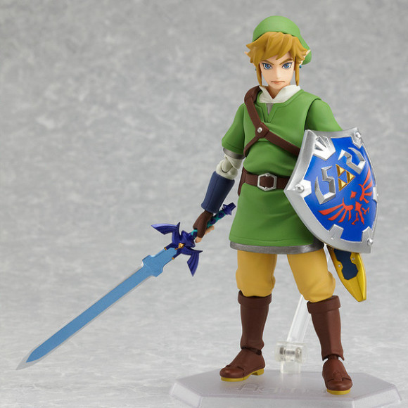 Have you seen these awesome Link figures! (5)