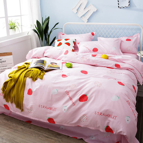 Miss Jane U2013 Bedding Set: Strawberry Print Duvet Cover + Bed Sheet +  Pillowcase